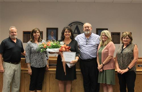 Dr. Jennifer Hefner recognized as regional Superintendent of the Year